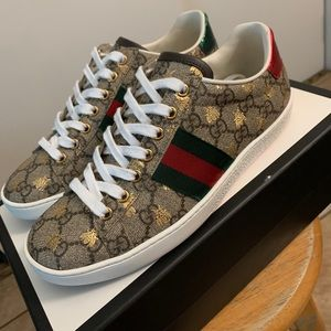 Gucci shoes size 36.5 used